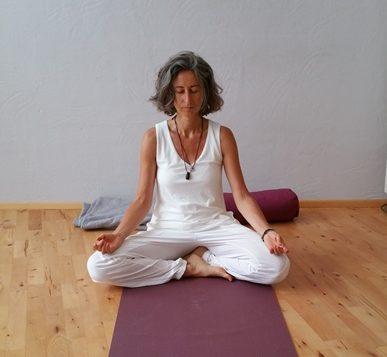 Yoga Lehrerin Katrin Pfleiderer